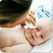 curatarea ochilor la bebelus